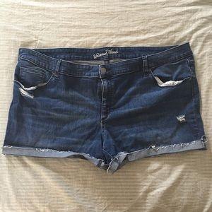 Mid-Rise Jean Shorts 24W